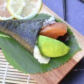 Temaki salmón y palta (1 ud.)