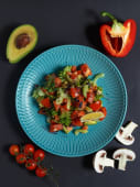 Салат з лососем і авокадо (180г)