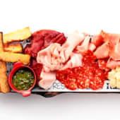 Tabla snack (embutidos y quesos)