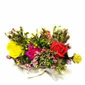 Aranjament Floral Trandafiri Colorați
