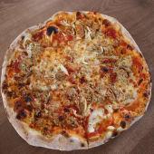 Pizza especial pugliese