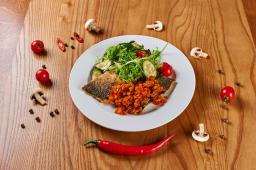 Філе сібаса з свіжими овочами (220г)