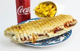 Toast cu Sucuk si Cascaval - Bautura + Cartofi