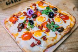 Pizza española (5 porciones)