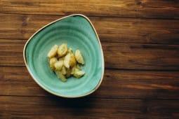 Молода картопелька з часником та зеленню (150г)