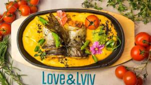 Філе форелі з мусом з лосося на овочевій еспумі (300г)
