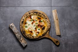 "Pizza sezonowa "" Grande Gambero"""