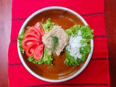 Salată de vinete cu roşii