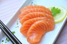 Sashimi salmón (5 piezas)