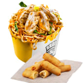 Noodle Pack Pui Grill cu Snack Spring Rolls cadou