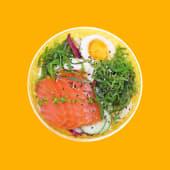 Боул з лососем, чукою та яйцем (280г)