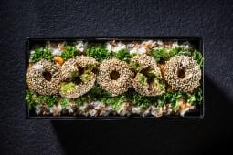 Kebun de falafel cu orez, sos oriental și pătrunjel