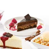 Tort Czekoladowy z malinami na winie
