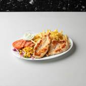 Pechuga a la plancha con papas fritas y ensalada