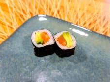 Maki de salmón & aguacate (8 uds.)