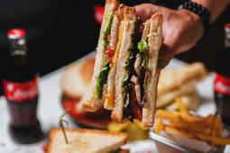 Сэндвич с цыпленокм