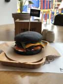 Бургер Blackbro 1+1=3 (810г)