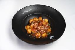 Gnocchi al pomodoro e basilico