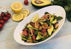 Салат з морепродуктами і грейпфрутом