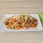 Udon grill wok rezanci s teriyaki kozicama