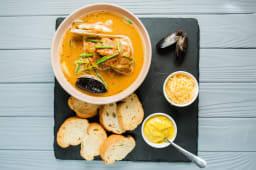 Марсельський суп Буябес (550/30/30г)