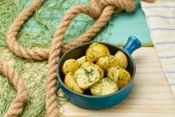 Молода картопля з кропчиком (200г)