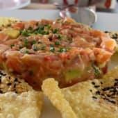 Tartar de salmón noruego (porción)