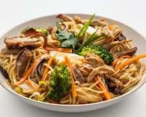 Woked Noodles - Leitão