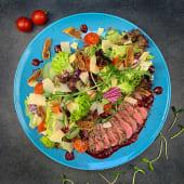 Салат з телячим ростбіфом (260г)