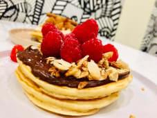 Panqueca Chocolate, Framboesas e Crumble
