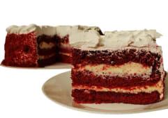 Red velvet cake (25 porciones)