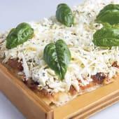 Pizzas cuatro quesos mediana
