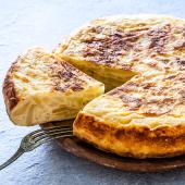 Tortilla de patatas con beicon y queso (grande)