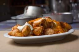 Patatas bravas y Patates Braves