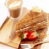 Tarta de miel medovik (ración)