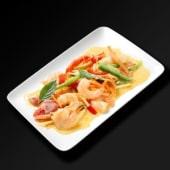 Crevettes au curry rouge et lait de coco