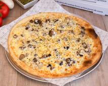 Pizza Boletus Con Crema De Trufa