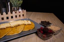 Proteinske palačinke banana i med