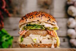 Chicken&Bacon Burger Single