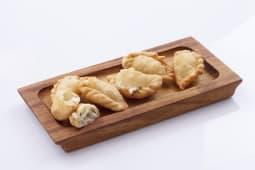 Peynirli Sambusek (4 Adet)