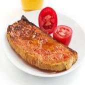 Ración de pan con tomate