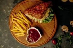 Сэндвич с курицей (200г)