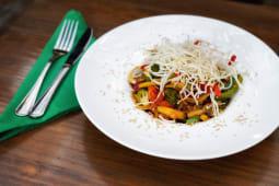 Ensalada wok