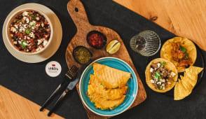 3 órdenes de Quesadillas o Tacos + Nachos