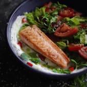 Салат з сьомгою на грилі (250г)