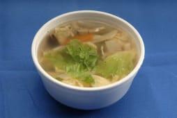 Sopa de Ovos e Legumes