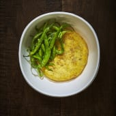 Tortilla de Patatas con Piparras Fritas