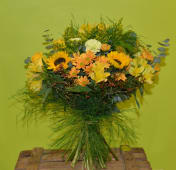 Bouquet vegetativo en tonalidades amarillas