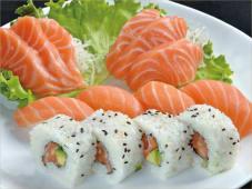 Sushi Sake Misto