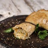 Empanada de verduras asadas y queso vegano